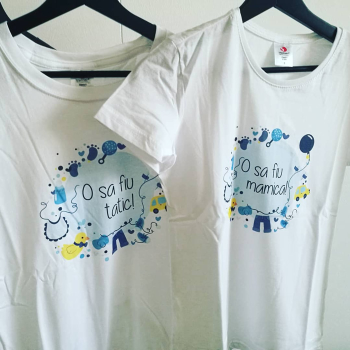 tricou-alb-cu-mesaj-pentru-parinti-mamici-tatici-o-sa-fiu-tatic-o-sa-fiu-mamica