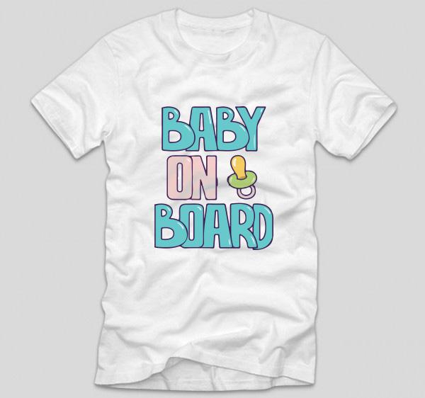 tricou-alb-cu-mesaj-pentru-viitoare-mamici-baby-on-board-gravide