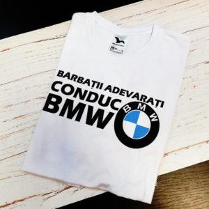 tricou-cu-mesaj-haios-pentru-soferi-barbatii-adevarati-conduc-bmw