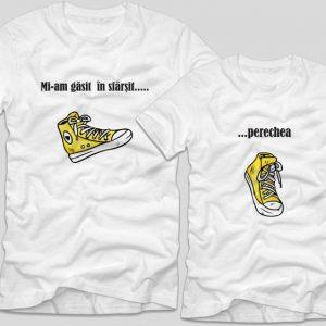 Tricouri-cupluri-sneakers-albe